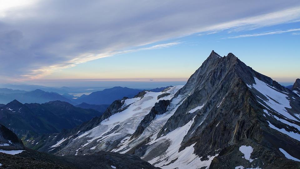 mountain-4420695_960_720