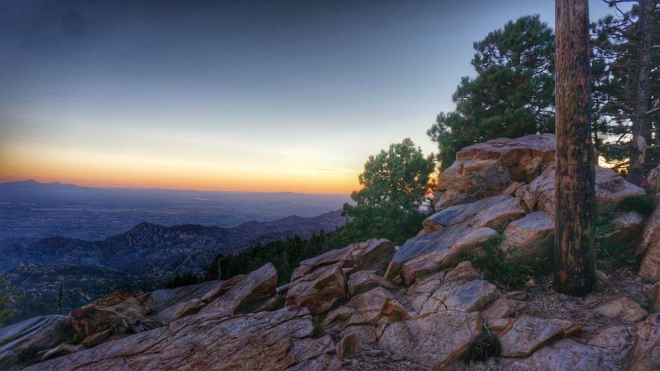 rocky-mountains-1149785_960_720