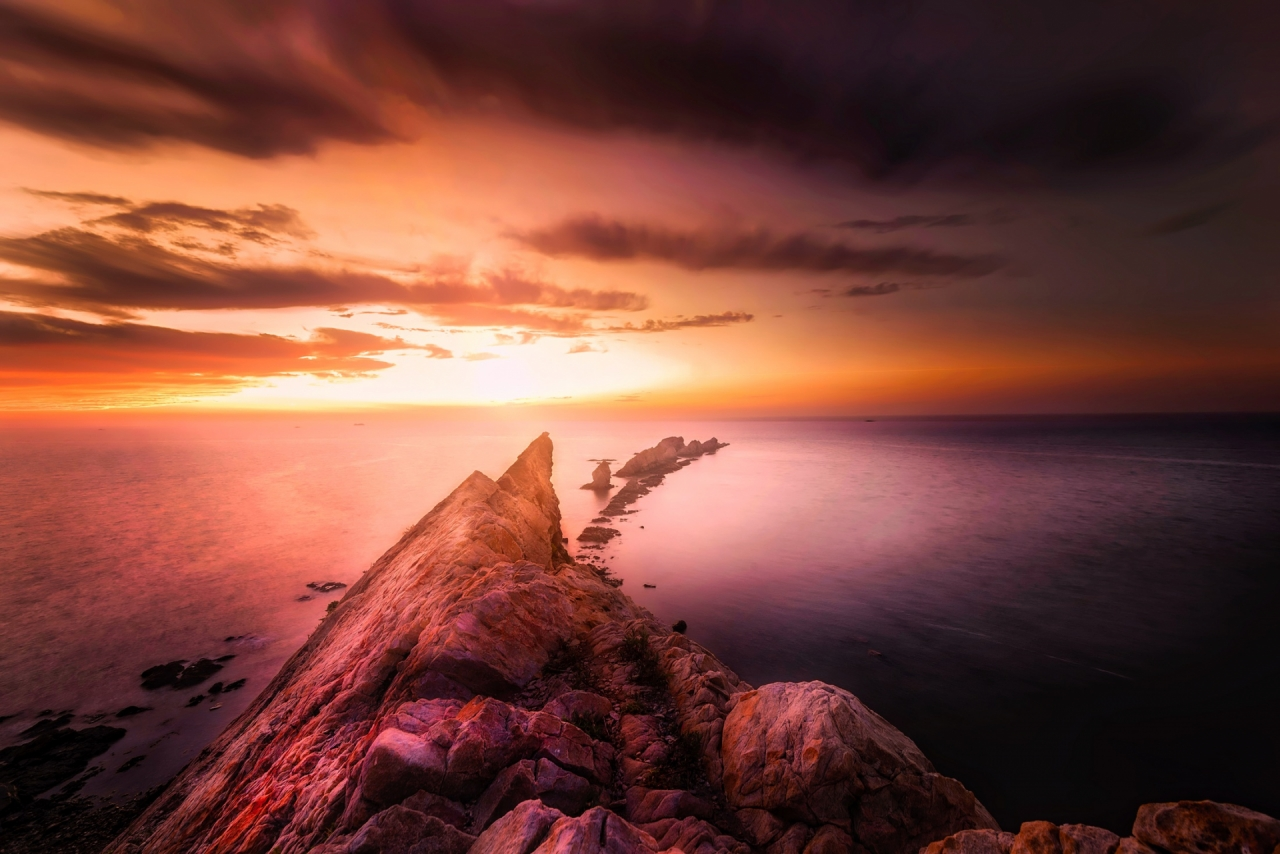 sea-and-rocks-during-the-sunset-in-spain-421-small
